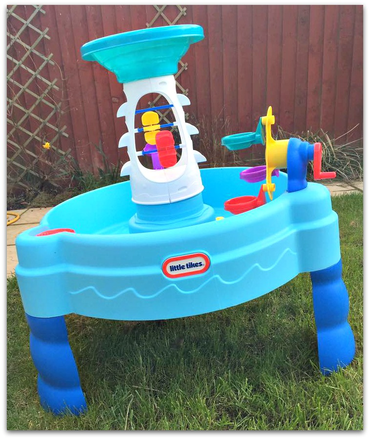 Fun with Little Tikes Spinning Seas