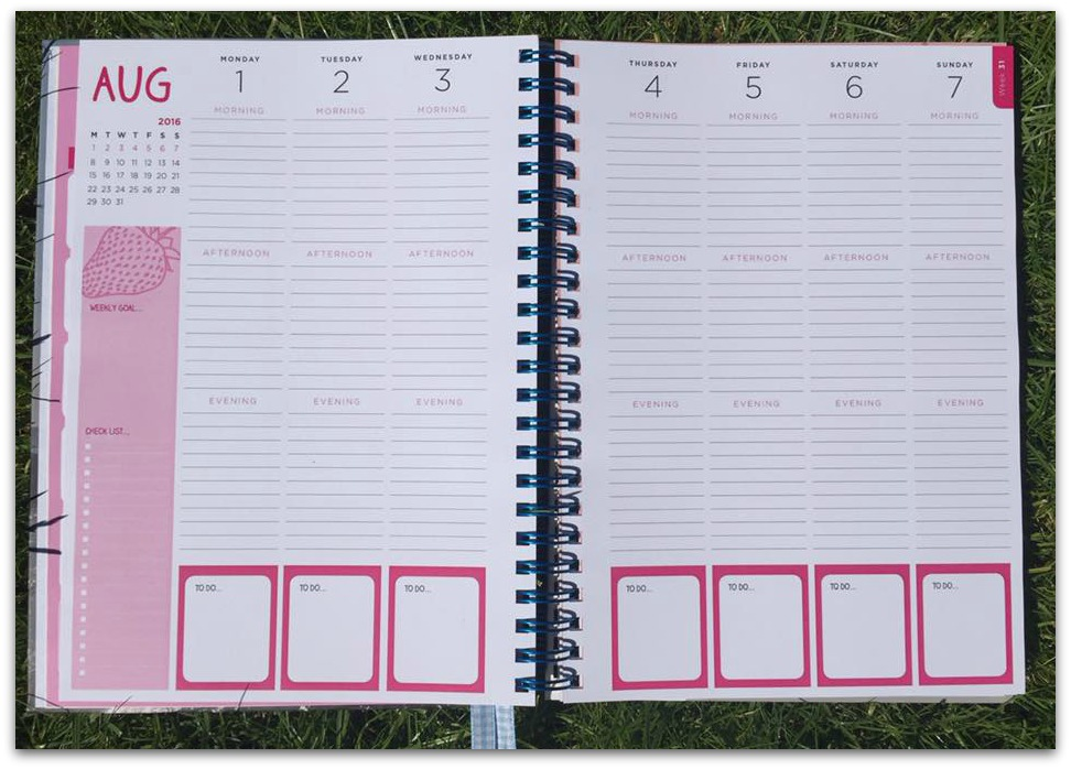 Getting organised with unique life planners from pirongs for Custom photo planner