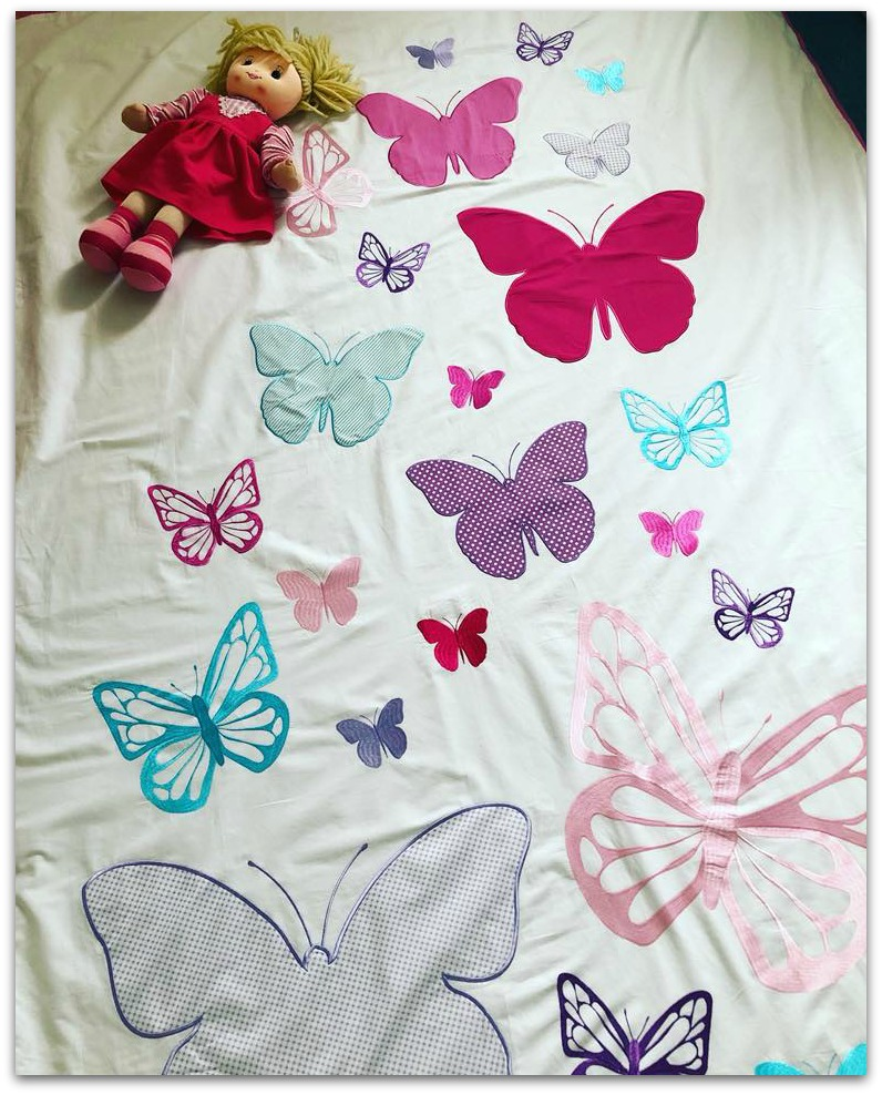 Ollie and Leila Appliqued Butterfly Flutterbly duvet set